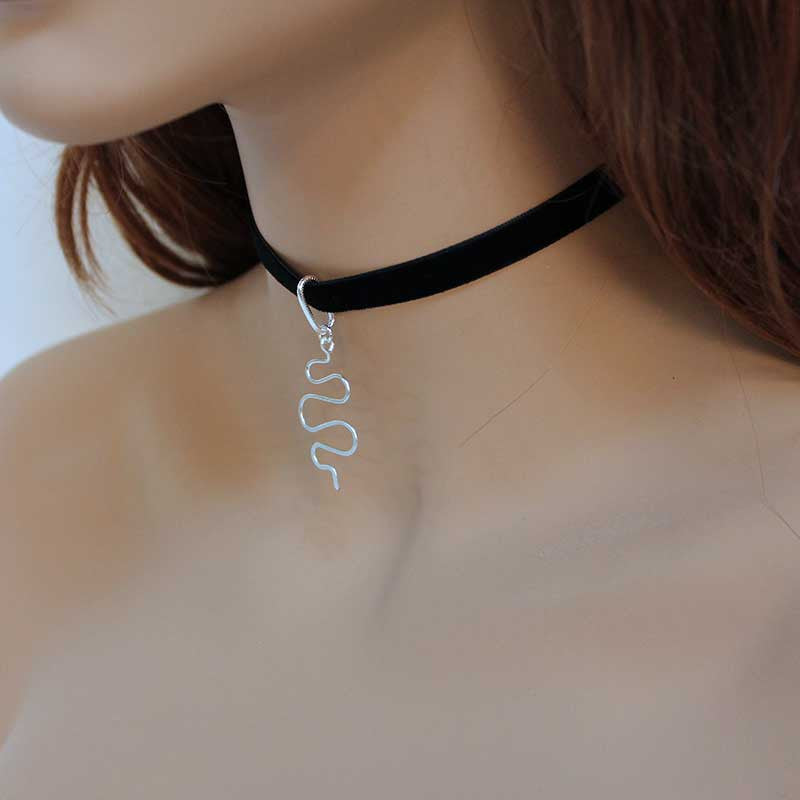 Black Velvet Choker, Silver Wire Pendant, Abstract Wire Pendant, Everyday Choker Necklace
