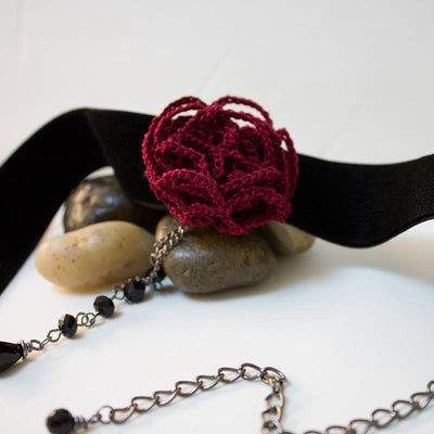 Red Rose Black Velvet Choker