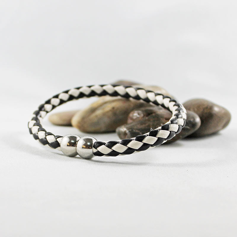 Black & White Leather Magnetic Clasp Bracelet