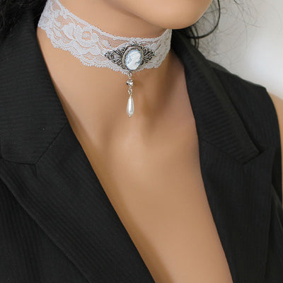 Dainty Victorian Choker Necklace