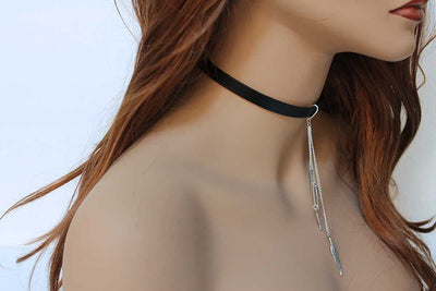 Sexy Black Leather Choker