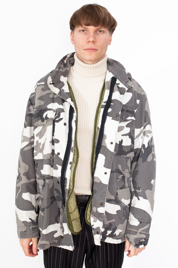 Vintage 90s Camo Winter Coat - The Black Market