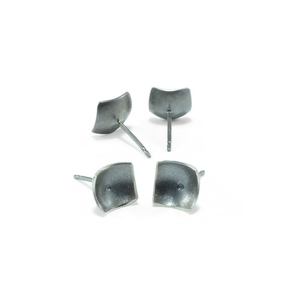 nishnabotna jewelry, simple, square, sterling silver botna stud earrings dapped with center dot