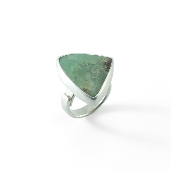 nishnabotna silver ring with chrysoprase