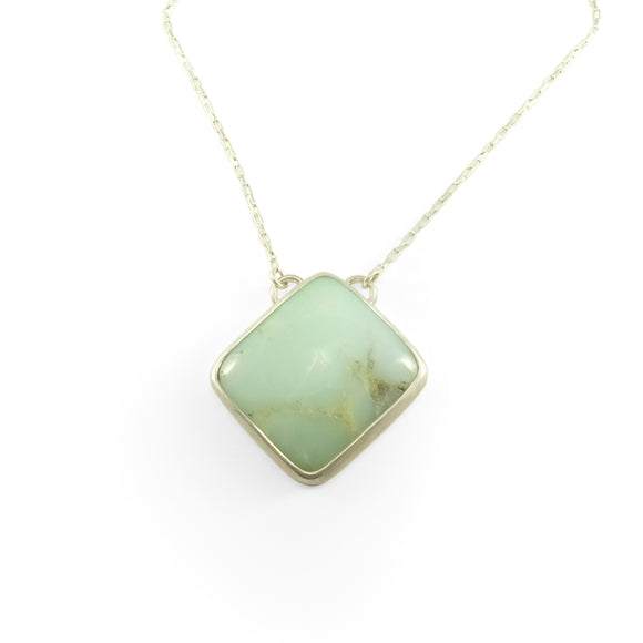 nishnabotna chalcedony necklace on a silver chain