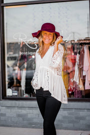 Ivory lace sleeve top  Roselynn's