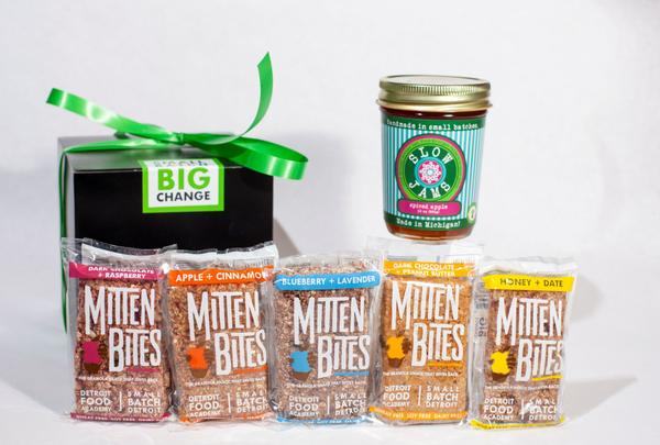 small batch detroit_holiday gift box_with 5 granola bar flavors_slow jams & jelly
