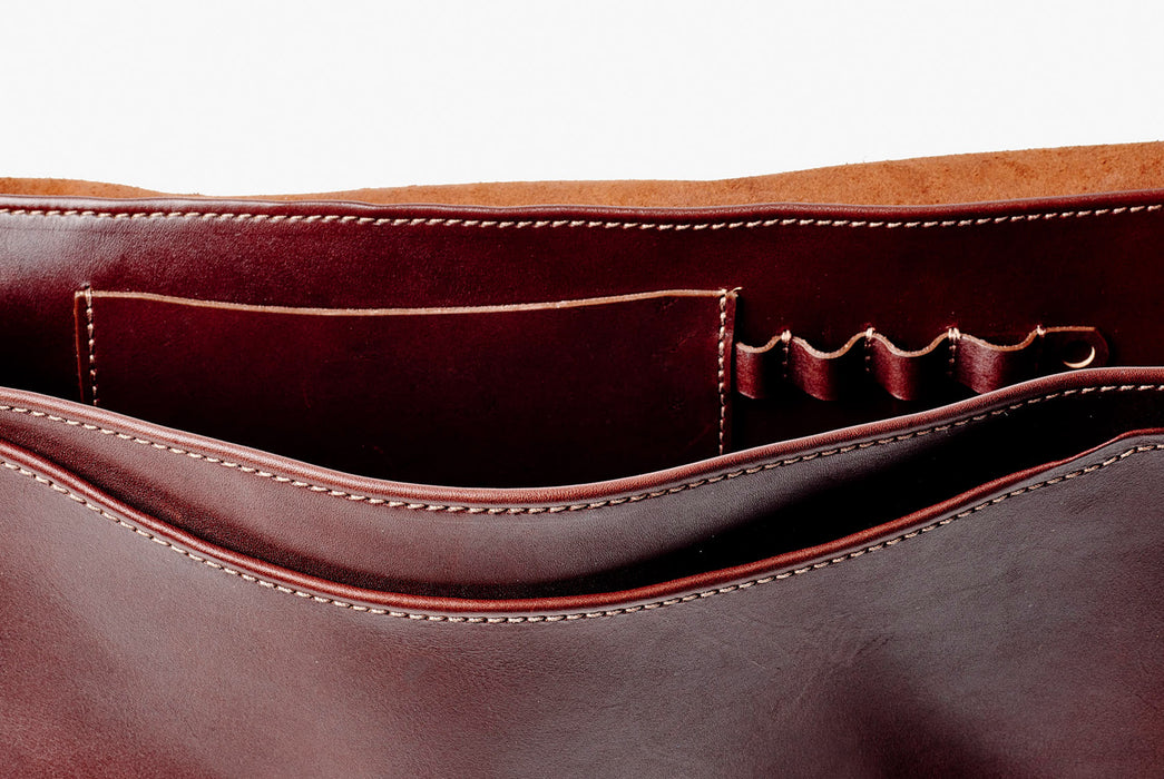 Orox Leather Co. Nuntius X Briefcase - Brown - close-up view of internal pockets and pencil holders