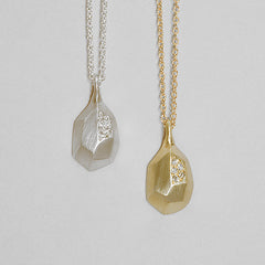 faceted pavé drop