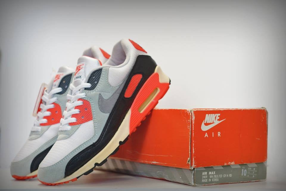 """The Nike Air Max 90 OG """"Infrared"""" Is Almost Here"""