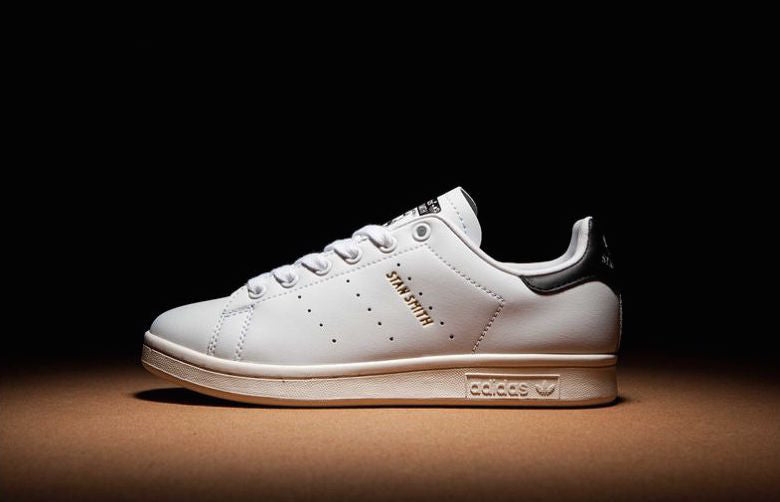 newest 1c9c0 ad3ce Class Meets Comfort: Adidas Stan Smith Premium Review ...