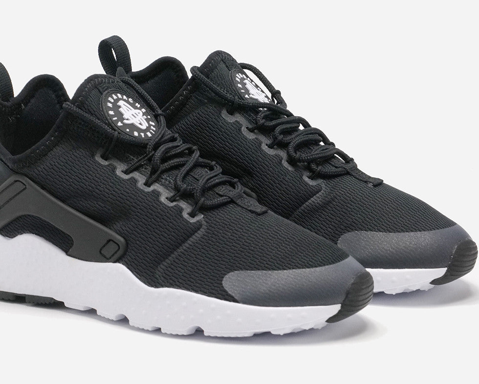 new product 910af 86ecf Womens Nike Air Huarache Ultra BlackWhite Review  STYLE  SOL