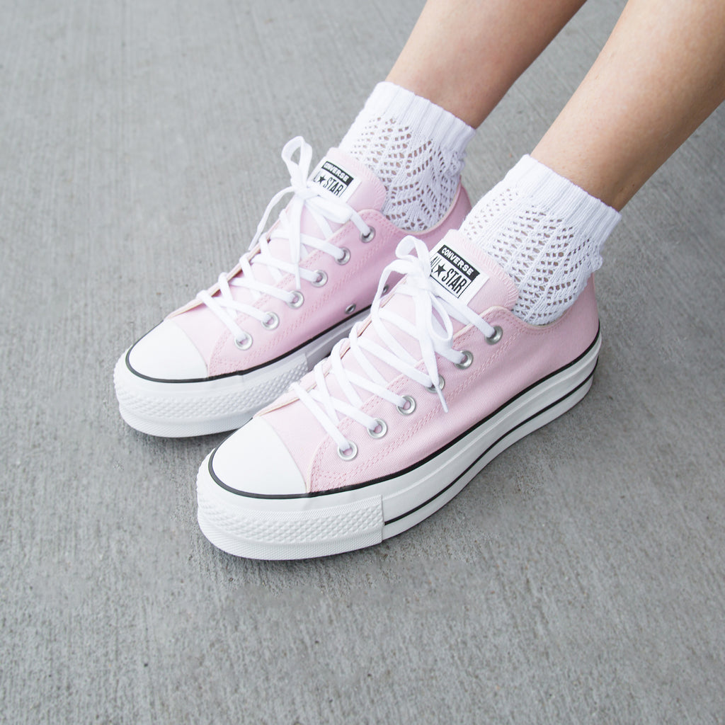 latest selection great variety styles durable modeling Converse Chuck Taylor Platform Cherry Blossom | April 10 ...