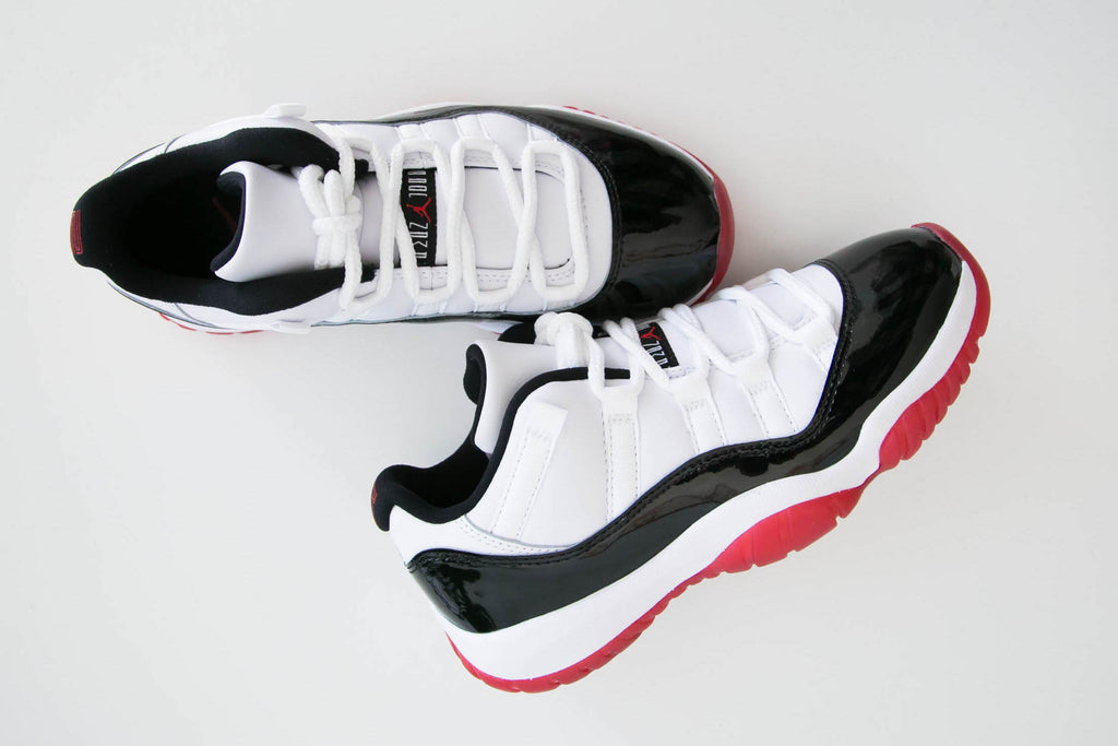 Air Jordan 11 Retro Low 'Concord Bred' AV2187-160