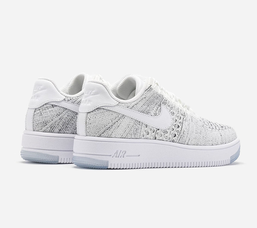 Nike Womens Air Force 1 Flyknit Low