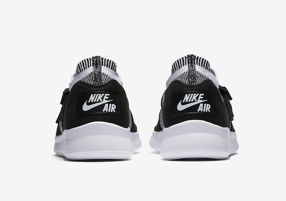 Nike Womens Sock Racer Ultra Flyknit Black/White