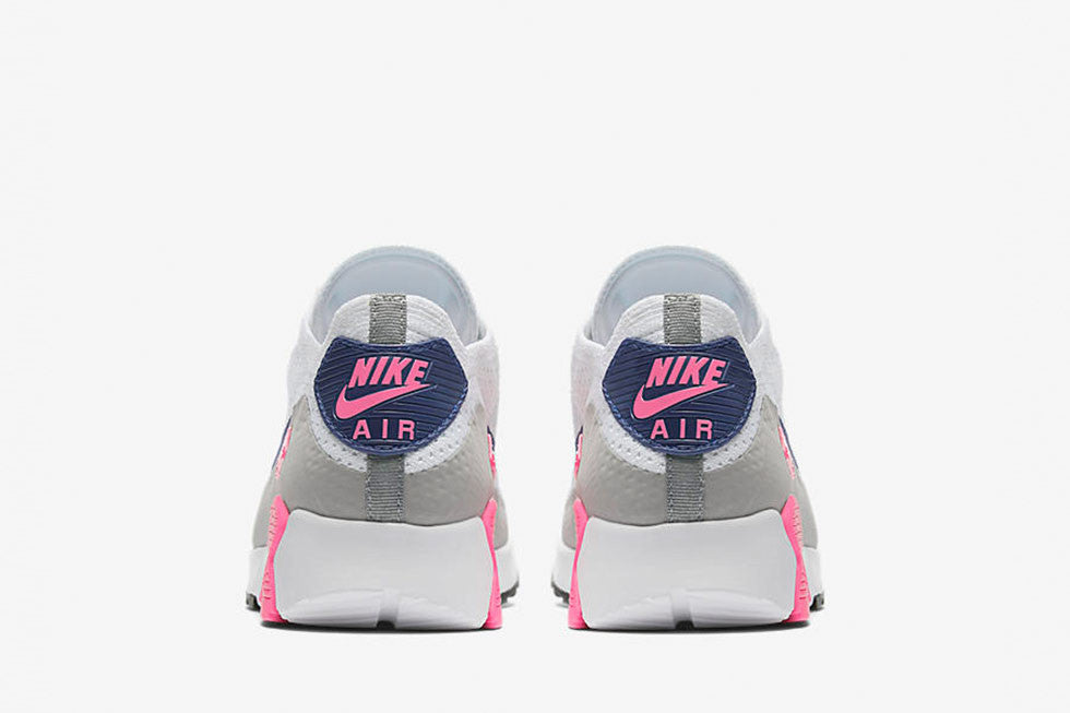 sports shoes e037a db845 UPDATE This product is out of stock, but you can find the latest Nike  sneakers