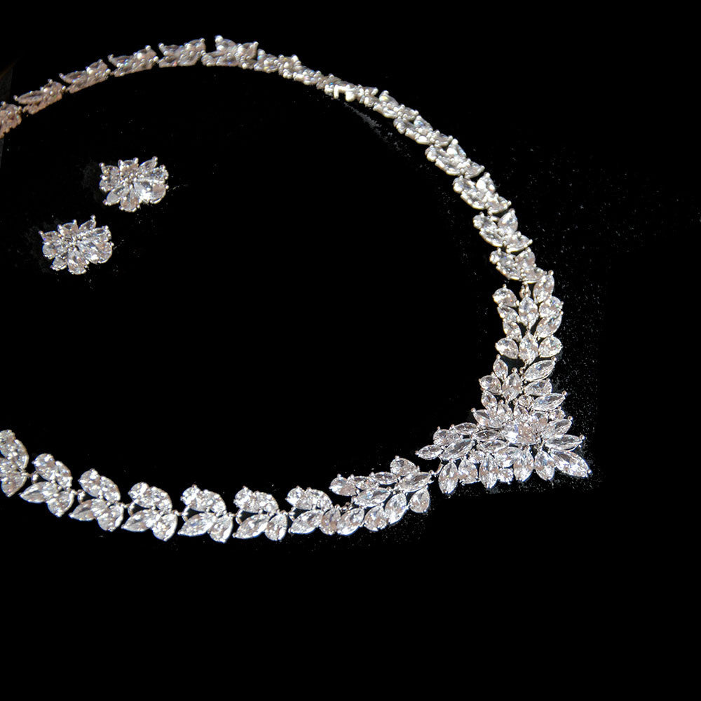 Belle Bridal l stunning vintage crystals wedding jewelry sets