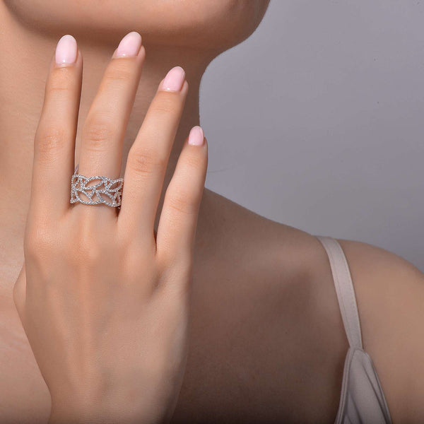 Lafonn Signature Lassaire Simulated Diamond Open Design Band R0188CLP