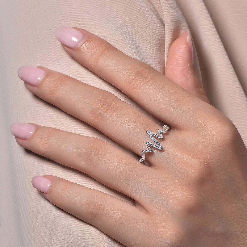 Lafonn Signature Lassaire Simulated Diamond Heartbeat Ring R0202CLP