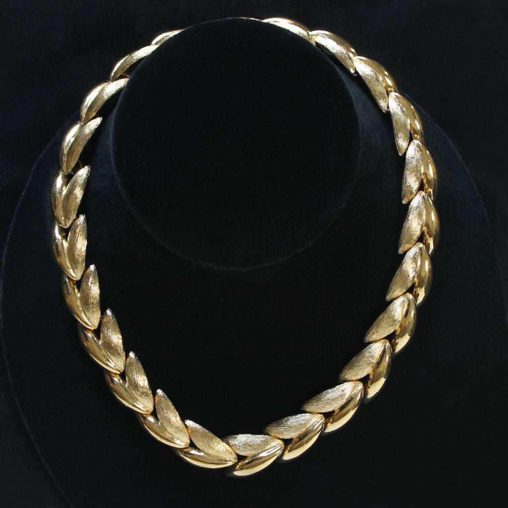 Napier 'Club 90' Vintage Goldtone Polished & Textured Choker Necklace - Flotsam from Michigan  - 1