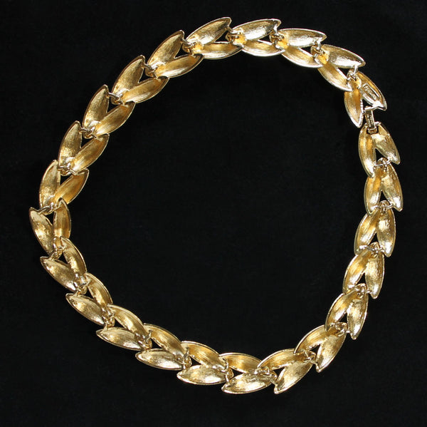 Napier 'Club 90' Vintage Goldtone Polished & Textured Choker Necklace - Flotsam from Michigan  - 2