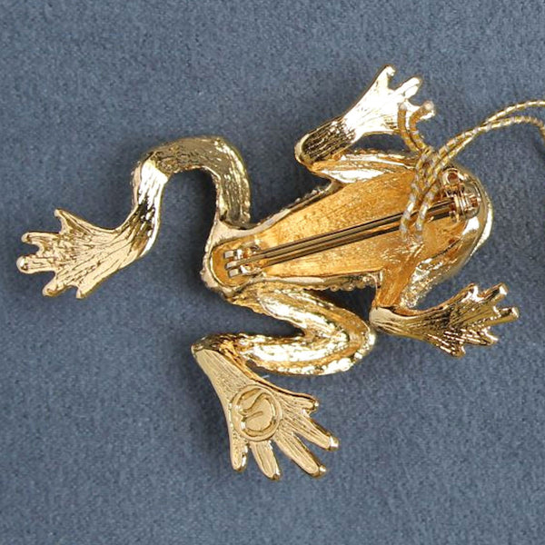 St. John Accessories Frog Figural Brooch Pin Goldtone Vintage w/ Tags - Flotsam from Michigan  - 3