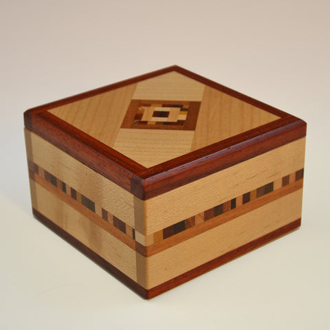 """Marsha"" (380) Series Keepsake Boxes"
