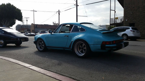 930 Turbo blue