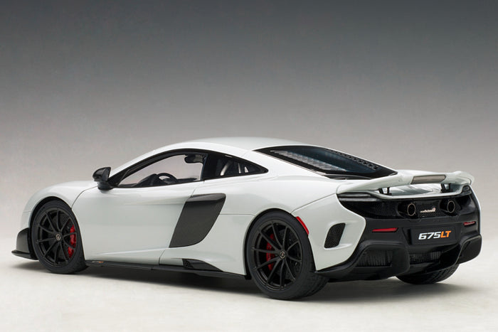 McLaren 675LT | 1:18 Scale Model Car by AUTOart | Rear Quarter