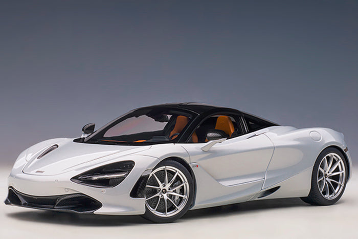 McLaren 720S | 1:18 Scale Model Car by AUTOart | White Variant