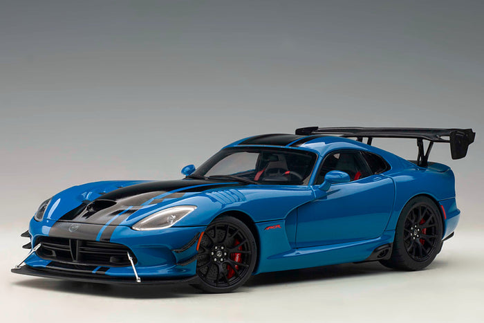 Dodge Viper GTS-R Commemorative Edition ACR (2017) | 1:18 Scale Model Car by AUTOart | Blue Variant