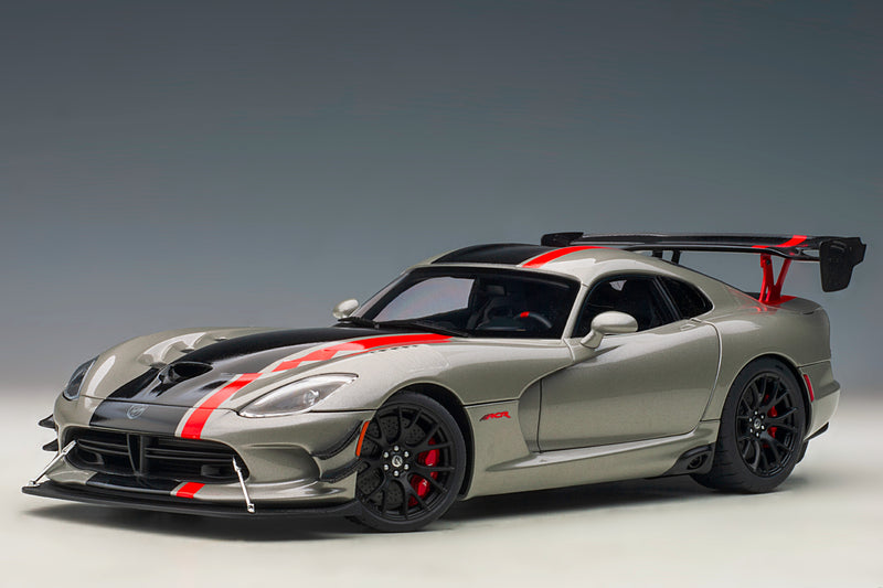 Dodge Viper GTS-R Commemorative Edition ACR (2017) | 1:18 Scale Model Car by AUTOart | Silver Variant