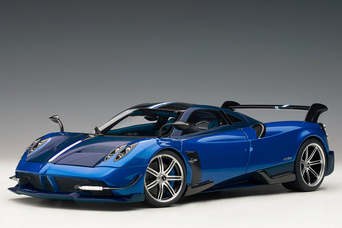 Pagani Huayra BC | 1:18 Scale Model Car by AUTOart | Blu Francia variant