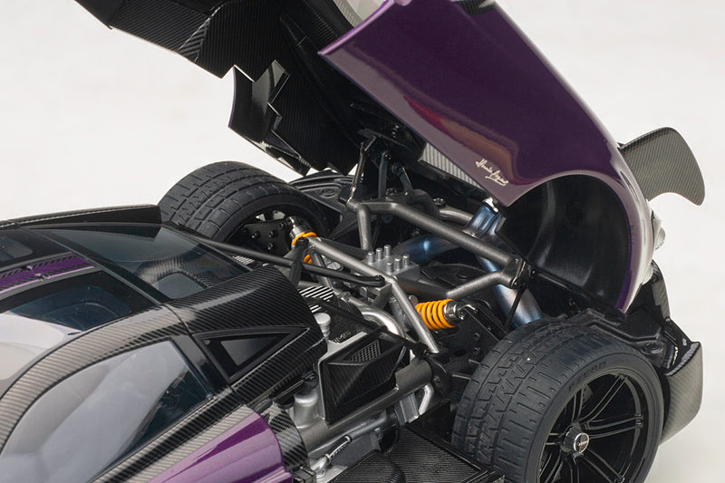 Pagani Huayra BC | 1:18 Scale Model Car by AUTOart | Engine Detail