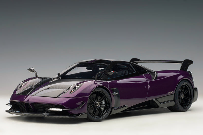 Pagani Huayra BC | 1:18 Scale Model Car by AUTOart | Front Quarter