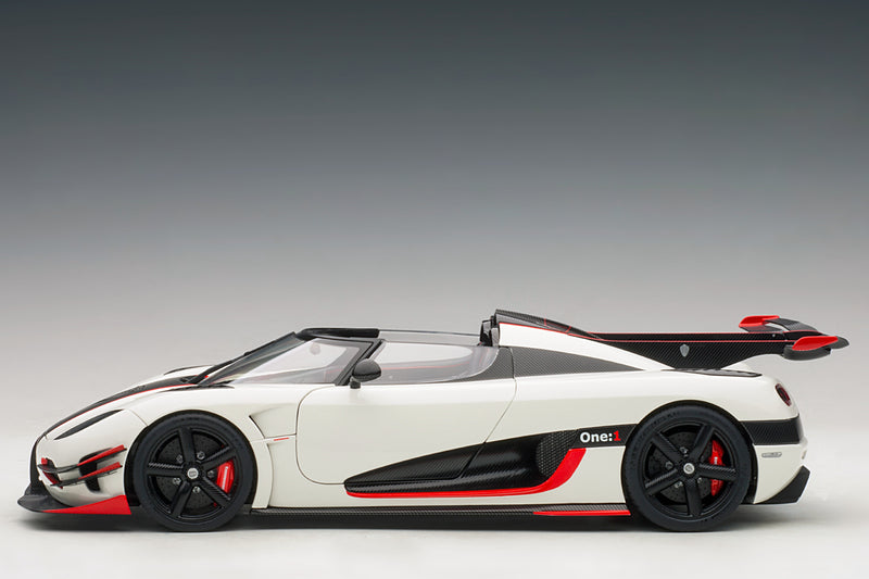Koenigsegg One:1 | 1:18 Scale Model Car by AUTOart | Profile