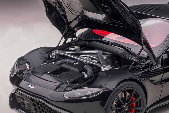 Aston Martin Vantage (2019) | 1:18 Scale Model Car by AUTOart | Engine