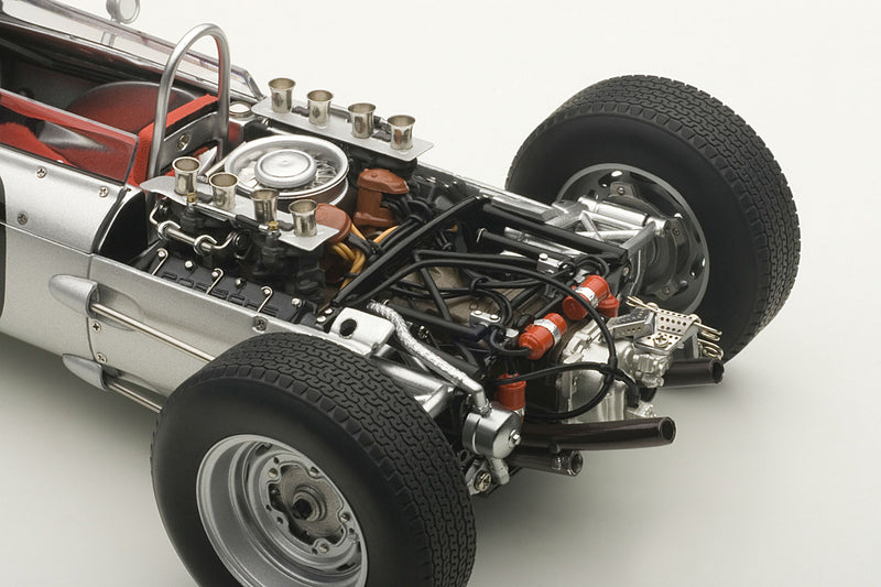 Porsche 804 (1962 French Grand Prix) | 1:18 Scale Diecast Model Car by AUTOart | Engine Detail