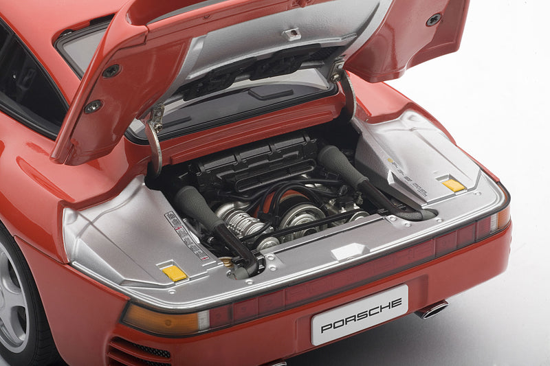 Porsche 959 | 1:18-Scale Diecast Model Car by AUTOart | Engine