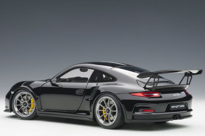 Porsche 911 GT3RS (991.1) | 1:18 Scale Model Car by AUTOart | Rear Quarter