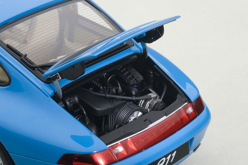 Porsche 993 | 1:18 Scale Model Car by AUTOart | Engine