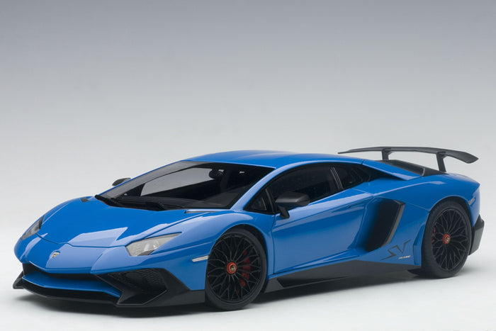 Lamborghini Aventador LP750-4 SV | 1:18 Scale Model Car by AUTOart | Blue LeMans Variant