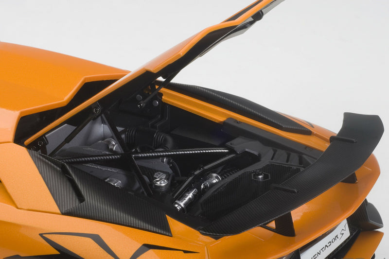 Lamborghini Aventador LP750-4 SV | 1:18 Scale Model Car by AUTOart | Engine Detail