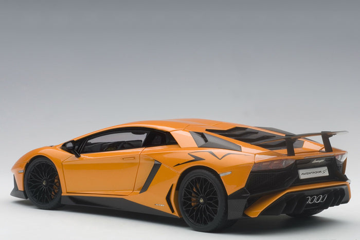 Lamborghini Aventador LP750-4 SV | 1:18 Scale Model Car by AUTOart | Rear Quarter