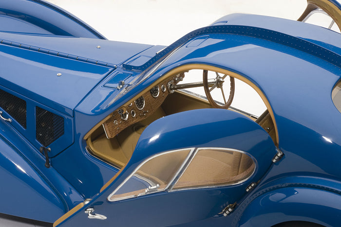 Bugatti T57SC Atlantic | 1:18 Scale Diecast Model Car by AUTOart | Left Interior