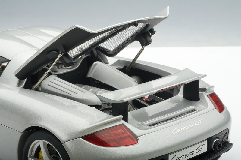 Porsche Carrera GT - 1:18 Scale Diecast Model Car