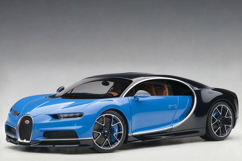 Bugatti Chiron | 1:18 Scale Model Car by AUTOart | Front Quarter