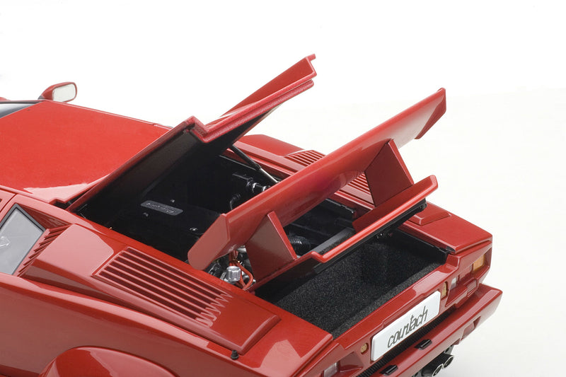 Lamborghini Countach 25th Anniversary | 1:18 Scale Diecast Model Car by AUTOart | Engine