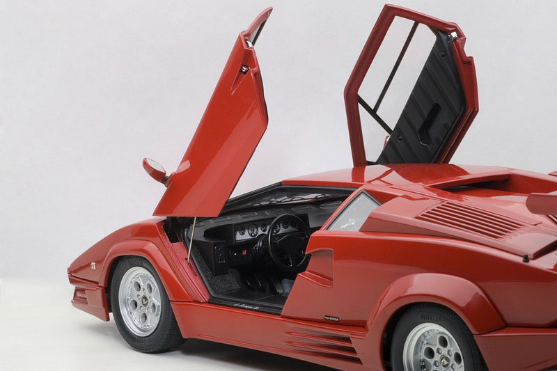 Lamborghini Countach 25th Anniversary | 1:18 Scale Diecast Model Car by AUTOart | Left Interior